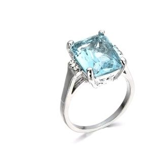 Jewelry - GORGEOUS FASHION ENGAGEMENT RING NEW